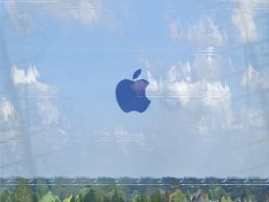 Window_glass_with_apple_logo_by_ScreenTom