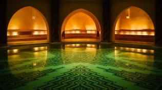 2014-01-12_DE-DE4718846515_Hamam-Dampfbad-unterhalb-der-Hassan-II.-Moschee-Casablanca-Marokko_1920x1080