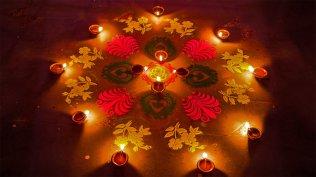 2015-11-10_Diwali_EN-IN8470646923_1920x1080